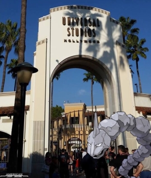 universal-studios-pokemon-go-hollywood-limo-services-in-los-angeles-limousine-provider-2016