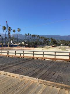 west-beach-santa-barbara-from-stearns-wharf-after-a-limo-trip-by-local-limousine-services-luxury